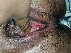 Sex with girlfriend oyo hotel choot ka pani aa gaya bhar