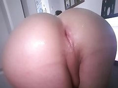 Noisy sloppy pink booty