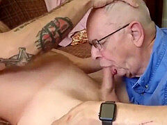 stunning granddad (WG) gives an amazing blowage