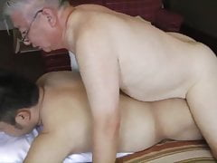 (Japanese)(Samson) - Glasses Handsome Grandpa Play With Bear